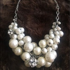 BCBG petal stone necklace